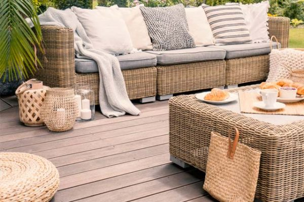 composite deck with furniture